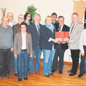 Kandidaten zur Kommunalwahl im Mai mit Landratskandidat Dr. Ralf Niermann.