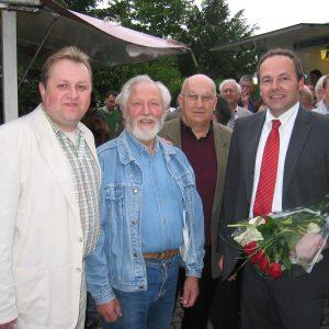 Rahdener gratulieren Dr. Ralf Niermann zum ersten Erfolg!