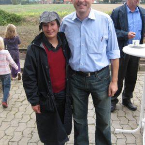 Die Rahdener Nachwuchspolitikerin Dorothee Brandt trifft Bundestagskandidat Achim Post in Lavesloh.