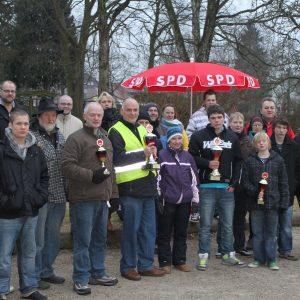 Teilnehmer und Sieger des Bouleturniers.