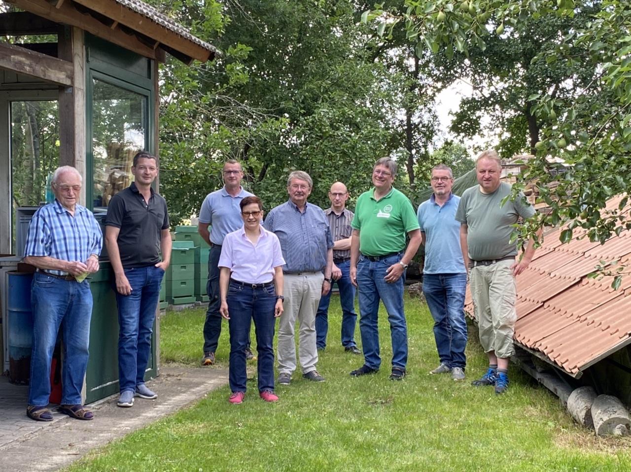 Gruppenbild mit SPD Imkern